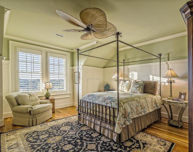 Najciekawsze dekoracje do sypialni, czyli jak zaaranżować swoją strefę relaksu