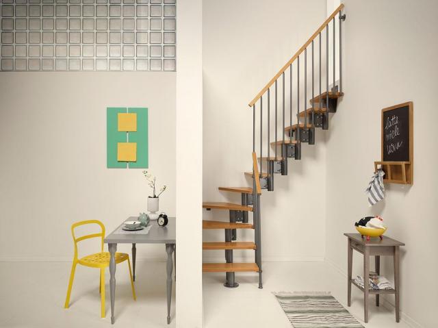 artykul sponsorowany, schody, małe wnętrza