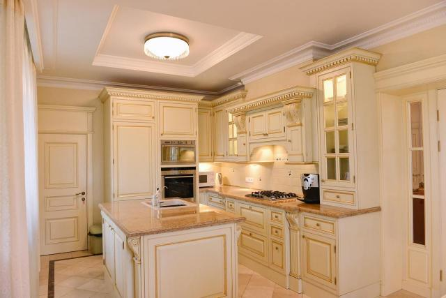 Miejsca w kuchni, o których nie możesz zapomnieć planując oświetlenie kuchenne