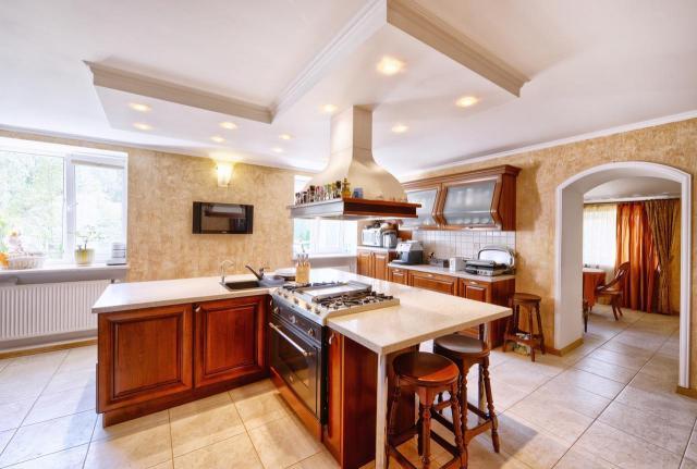 aranżacja kuchni, oświetlenie w kuchni, kuchnia oświetlenie