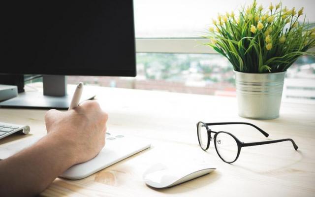 Jak pracować w domu zdrowo i efektywnie?