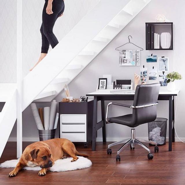 Biurko dla architekta, grafika i freelancera