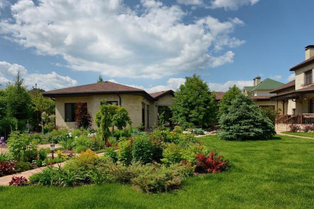 11 pięknych ogrodów przydomowych, które wyglądają bosko