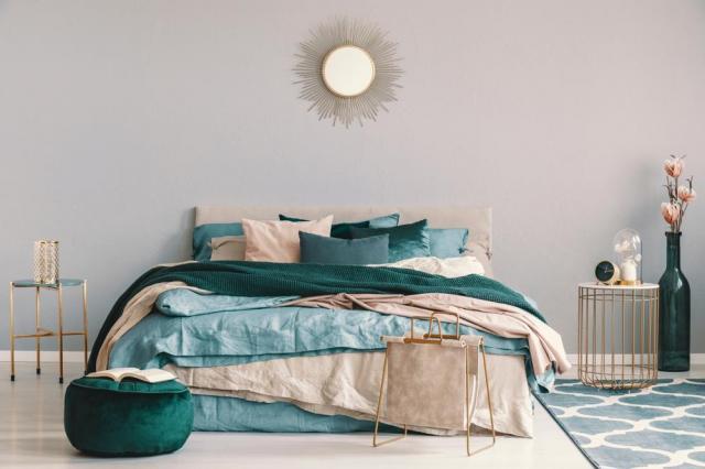 łóżko, aranżacja sypialni, artykuł partnerski